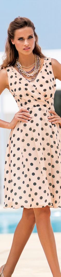 Trendy Fashion Outfits For Work Summer Polka Dots Ideas Dots Fashion, Trendy Fashion, Fashion Outfits, Womens Fashion, Fashion Clothes, Fashion Spring, Beautiful Outfits, Cute Outfits, Hippie Stil