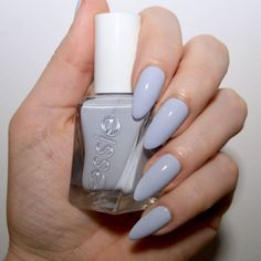 Well Polished Essie Gel Couture Ballett Akt Bewertung Shine Is The Key To Healthy-Looking Hair While Lilac Nails, Pastel Nails, Glitter Nails, How To Do Nails, My Nails, Nail Manicure, Nail Polish, Diy Star, Natural Gel Nails