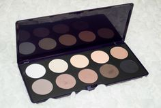 Neve Cosmetics Elegantissimi Eyeshadow Palette Review and Swatches