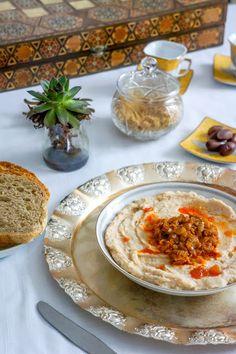 Romanian white bean dip – Famous Last Words Romanian Recipes, Romanian Food, Turkish Recipes, Ethnic Recipes, White Bean Dip, White Beans, Bean Dip Recipes, Paste Recipe, European Cuisine