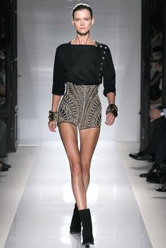 Balmain Spring 2012 Ready-to-Wear Fashion Show - Kasia Struss (Women)
