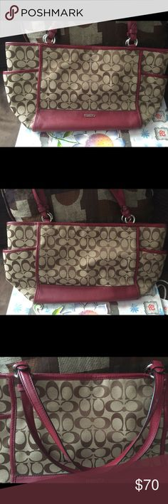 Authentic Coach purse I am selling my maroon/burgundy colored purse that is in good condition. It does have two minor stains.  Let me know if you have questions. 😊 No trades and Open to Offers in offer button thank you! 🙂 Coach Bags Shoulder Bags