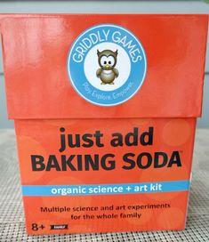 Just Add Baking Soda Organic Science + Art Kit from Griddly Games Craft Projects For Kids, Arts And Crafts Projects, Glue Painting, Invisible Ink, Old T Shirts, Kits For Kids, Science Art, Glass Jars, Baking Soda
