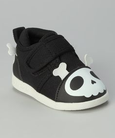 Black Captain Zuga Skull Squeaker Shoe