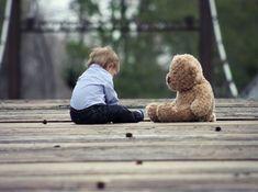 Ποια είναι τα λάθη αυτά των γονιών που μπορούν να αφήσουν πραγματικά ανεπανόρθωτα ψυχικά τραύματα στο παιδί; Ο ρόλος του γονιού είναι ίσως ο πιο δύσκολος ρόλος που ο άνθρωπος καλείται να παίξει. Advertisement Από την μια προσπαθούμε να ισορροπήσουμε ανάμεσα στην επιβολή των ορίων στα παιδιά μας και από την άλλη πλευρά υπάρχει ο …
