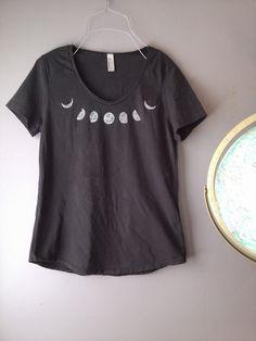 grey MOON PHASE neckline print on coal grey di LizzyStormDesigns