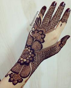 Mehndi Design Offline is an app which will give you more than 300 mehndi designs. - Mehndi Designs and Styles - Henna Designs Hand