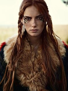 "f Ranger Leather Cloak portrait midlvl Stina Olsson in ""Naturbarn"" for Elle Sweden, November 2014 Photographed by: Eric Josjo Celtic Warriors, Female Warriors, Maquillage Halloween, Halloween Makeup, Warrior Princess, Poses, Female Characters, Redheads, Character Inspiration"
