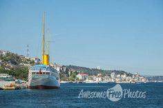 74-awesomefreephotos-istanbul-landscape-bosphorus-view-ship-750