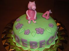 Tarta de Peppa Pig para la pequeña Rebeca!