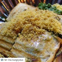 #Repost @the.hungryduo with @repostapp  Sev Puri Toast at Gupta Chat Counter Matunga East  #sevpuri #chaat #matunga #mumbaifoodicious #things2doinmumbai #mumbaifoodie #foodiliciousmumbai #foodmaniacindia #navimumbaifoodjunkies #MunchyMumbai #thehungryduo #food #foodporn #foodgasm #zomato #thefoodstory #eatsleepdrinkrepeat