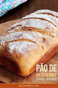 Pão integral de batata-doce com nozes - Transforme o ato de fazer pães em casa em um hábito. Confira a receita desse saudável e delicioso pão integral feito com batata-doce, nozes, farinha integral e mel.