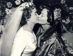 Vivien Leigh and daughter Suzanne on her wedding day.