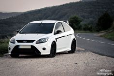 White Ford Focus RS Stage 1 by WillVision Photography Ford Rs, Car Ford, Eco Friendly Cars, Lifted Ford Trucks, Tuner Cars, Mustang Cars, Bugatti Veyron, Ferrari 458, Land Rover Defender