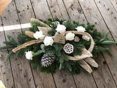 Christmas Floral Arrangements, Flower Arrangements, Small Flowers, Pink Flowers, Christmas Wreaths, Xmas, Funeral Flowers, Botanical Drawings, Amazing Flowers