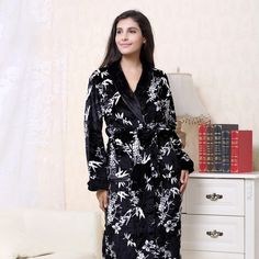 3XL Winter Thick Flannel Bridal Robe Women bathrobe Long Bath Robes Warm Men  Kimono bathrobes Bride Sleepwear Gowns 18dd2a9b9