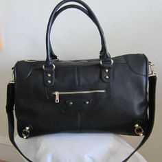 City Bag  - Perfect weekend bag  Go to OpenSky/Harry's Collection to shop!