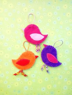 Felt bird ornaments, perfect for your Easter decoration! Bird Ornaments, Christmas Ornaments, Felt Birds, Felt Fabric, Acrylic Beads, Cute Gifts, House Warming, Delicate, Easter