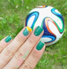 World cup 2014 / goal ! nail art by nathalie lapaillettefrondeuse