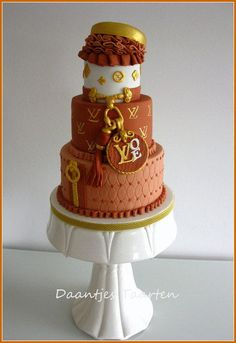Louis Vuitton - Cake by Daantje