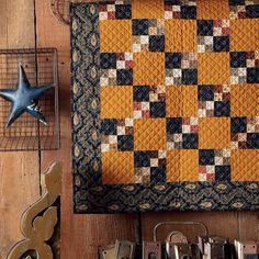 Jo's Little Favorites II: A Classic Collection of 15 Small Quilts Fall Quilts, Scrappy Quilts, Mini Quilts, Winter Quilts, Primitive Quilts, Antique Quilts, 4 Patch Quilt, Quilt Blocks, Quilt Display