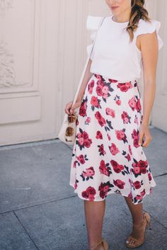 Gal Meets Glam Floral Tea Length Skirt - Shopbop BB Dakota skirt, Club Monaco top, Stuart Weitzman heels and Oliver Peoples Sunglasses