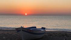 Sahilde gündoğumu Sunrise on the seaside