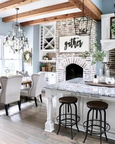 This modern farmhouse is absolutely beautiful! Tag a friend who will LOVE this home! This modern farmhouse is absolutely beautiful! Tag a friend who will LOVE this home! Modern Farmhouse Decor, Modern Farmhouse Kitchens, Farmhouse Homes, Rustic Farmhouse, Farmhouse Interior, Farmhouse Lighting, Farmhouse Ideas, Country Modern Decor, Farmhouse Kitchen Inspiration