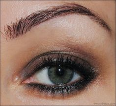 Make Up of the Day - simple brown smokey eye