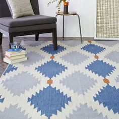 Phoenix Wool Dhurrie Rug - Regal Blue from West Elm. Can't wait to have this in my living room! West Elm, Home Design, Dhurrie Rugs, Modern Area Rugs, Bedding Shop, Contemporary Rugs, Contemporary Furniture, Room Rugs, My Living Room