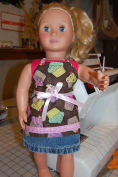18″ Doll Apron Pattern – FREE | ReannaLily Designs