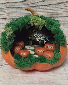 5 отметок «Нравится», 0 комментариев — Ольга Лаврова (@olga_lavrova82) в Instagram: «Заказ племянницы выполнен) Осенняя поделка 2018 отправится завтра в садик) Если интересны…» Halloween Crafts For Kids, Holidays Halloween, Scary Halloween, Fall Crafts, Happy Halloween, Kids Crafts, Diy And Crafts, Christmas Crafts, Arts And Crafts