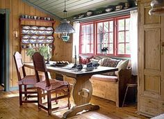 cabin dinning room.....I would love a dinning area like this!!!!!!