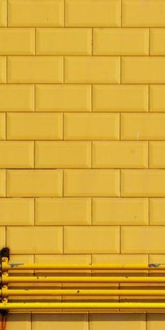 Subway tile, yellow subway tile, outside, tile, yellow tile Yellow Tile, Yellow Walls, Colour Yellow, Yellow Curtains, Yellow Art, Mellow Yellow, Mustard Yellow, Baby Yellow, Jaune Orange
