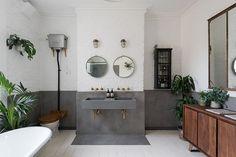 46 Superb Tadelakt Bathroom Design Ideas For Unique Bathroom - LuvlyDecor Bathroom Shelves, Bathroom Wall, Bathroom Ideas, Bathroom Inspiration, Budget Bathroom, Bathroom Cabinets, White Bathroom, Shower Ideas, Bathroom Furniture