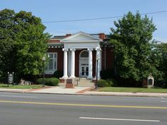 The Carnegie Building, was also the Sara Hightower Regional Library at one time.  i worked in this building for many years for a great judge at the SBWC.  Located in Rome, GA.