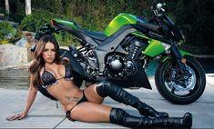 Hot Girls on Motorcycle I Beautiful Biker Babes Babe, Motos Sexy, Motorcycle Wallpaper, Motorbike Girl, Motorcycle Girls, Motorcycle News, Motorcycle Clubs, Umbrella Girl, Sportbikes