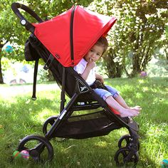 Hmmm, so where is the Easter bunny? 🐰🌷🐥 With the nikimotion Autofold Lite we are ready for the easter egg hunt. Have you already discovered any? Easter Bunny, Easter Eggs, Buggy, Egg Hunt, Baby Strollers, Children, Baby Prams, Young Children, Boys