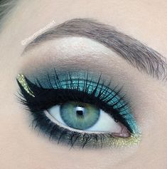 """Princess Jasmine"" by the talented iheartmakeupart using the Makeup Geek pigment Liquid Gold."