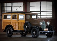 1932 Ford V8 Station Wagon