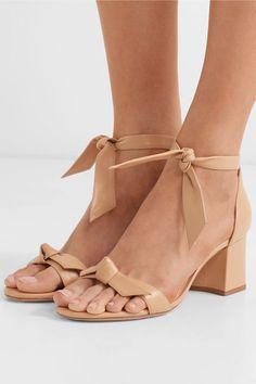 Alexandre Birman - Clarita Bow-embellished Leather Sandals - Tan - IT Tan Leather Sandals, Nude Sandals, Women Sandals, Heeled Sandals, Shoes Women, Women's Heels, Mens Blue Dress Shoes, Giuseppe Zanotti Heels, Alexandre Birman