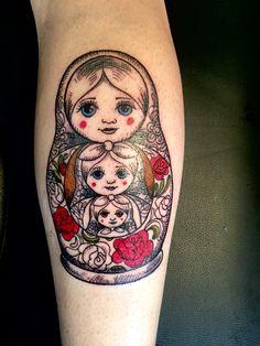 Doll tattoo design sweets ideas for 2019 Tattoo Daughter, Tattoo For Son, Dream Tattoos, Time Tattoos, Body Art Tattoos, Diy Tattoo, Tattoos With Kids Names, Small Tattoos, Babushka Tattoo