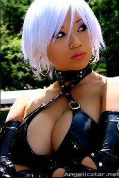 Yaya Han! Hero of cosplay! For all you anime lover!