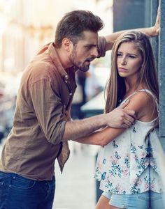 Relationship Memes, Relationship Problems, Young Couples, Couples In Love, Angry Pictures, Couple In Love Photography, Car Engagement Photos, Controlling Men, Low Self Esteem
