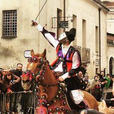 by http://ift.tt/1OJSkeg - Sardegna turismo by italylandscape.com #traveloffers #holiday | #sartiglia2016 #sardegna #oristano #stella #volgosardegna #igfriends_sardegna #instasardegna #sardiniaemotion #sardiniamylove #igersardegna #ig_perlas #lanuovasardegna #sardegnaisoladaimillevolti #vivosardegna #sardegnasuperpics #sardegnastupenda #carnevale Foto presente anche su http://ift.tt/1tOf9XD | February 10 2016 at 08:34AM (ph giovannaspeleo ) | #traveloffers #holiday | INSERISCI ANCHE TU…