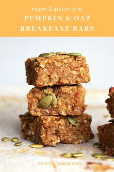 Pumpkin and Oat Breakfast Bars (gluten-free & vegan) Pumpkin and Oat Breakfast Bars recipe. Moist breakfast bars made with fresh pumpkin, sweetened with medjool dates and spiced with cinnamon, cardamom, ginger and cloves. Gluten Free Breakfasts, Vegan Breakfast Recipes, Vegan Recipes, Breakfast Smoothies, Healthy Breakfasts, Easy Recipes, Healthy Snacks, Vegan Pumpkin, Pumpkin Recipes