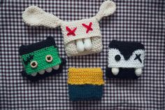 Tampon bag - free crochet pattern in English and German at kickoffyourshoesandfollowme.