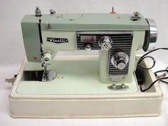 Vintage Visetti Super De Luxe Heavy-Duty ZigZag Sewing Machine