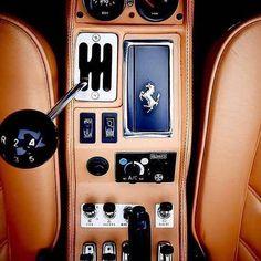 Ferrari 308 GTSi 1984