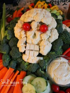 Jo and Sue: Halloween Dinner 2014. Tons of Spooky food ideas! - Like this Cauliflower Skull Veggie Tray